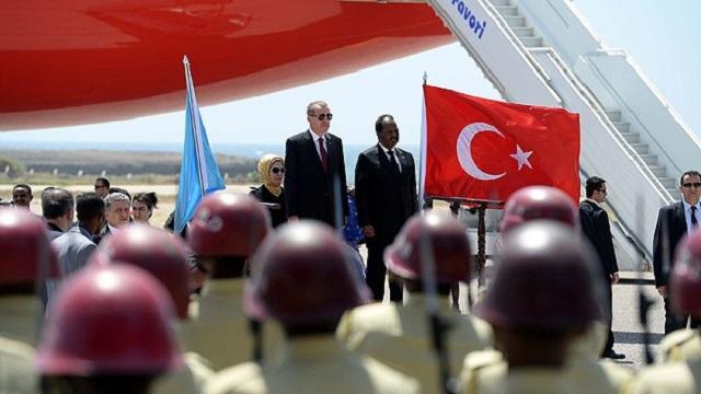 Erdoğan'a Somali'de Diriliş'li karşılama