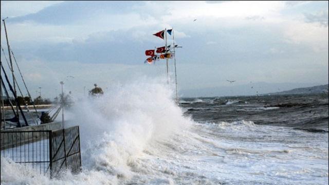 Marmara'da fırtına alarmı! Uçak seferleri iptal