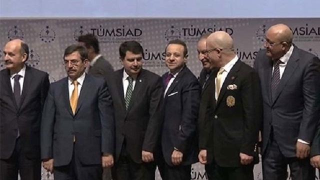 Erdoğan müdahale etti, Bağış da sahneye çıktı