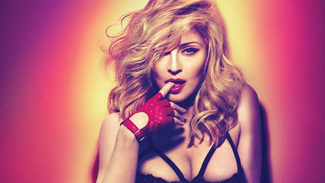 Madonna son albümünde resmen çakıldı