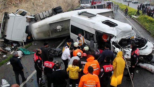 Şanlıurfa'da katliam gibi kaza: 13 ölü