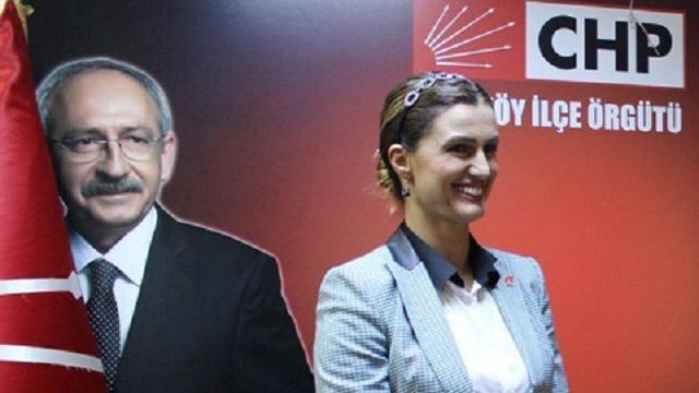 Tuğba Özay CHP'de beklediğini bulamadı