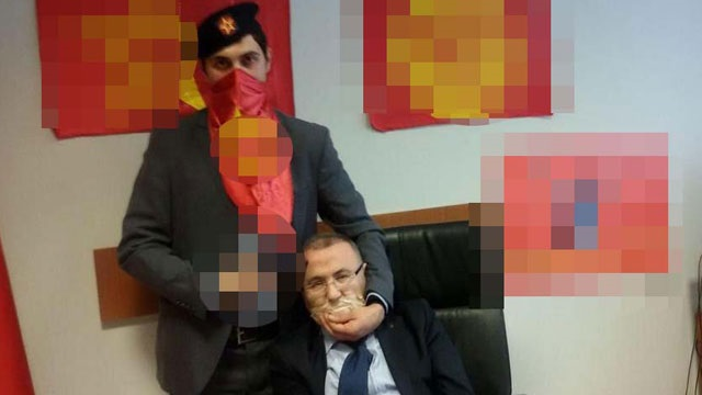 Berkin Elvan savcısı adliyede rehin alındı