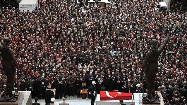 Hangi medya kuruluşları savcının cenaze törenine alınmadı?