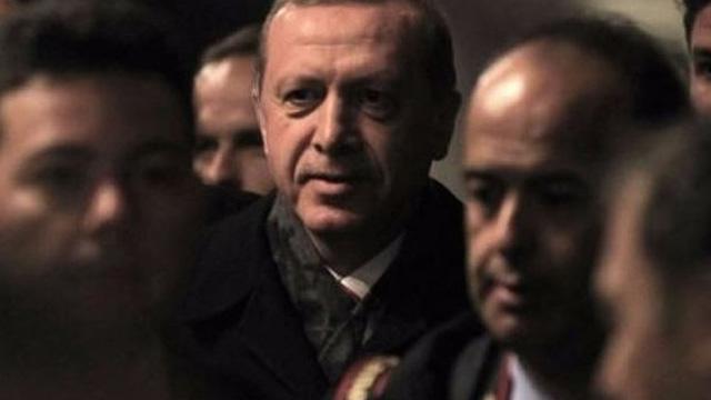 Erdoğan şehit Savcının evinde Kur'an-ı Kerim okudu