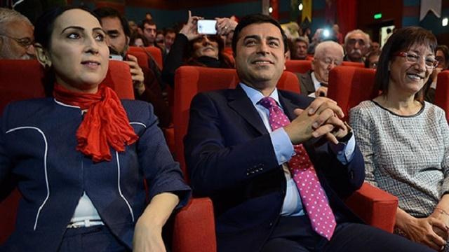 HDP toplantısında dikkat çeken kare