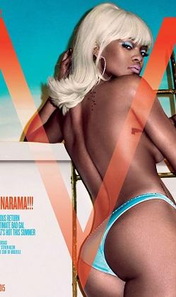 Rihanna sarışın oldu, üstsüz poz verdi