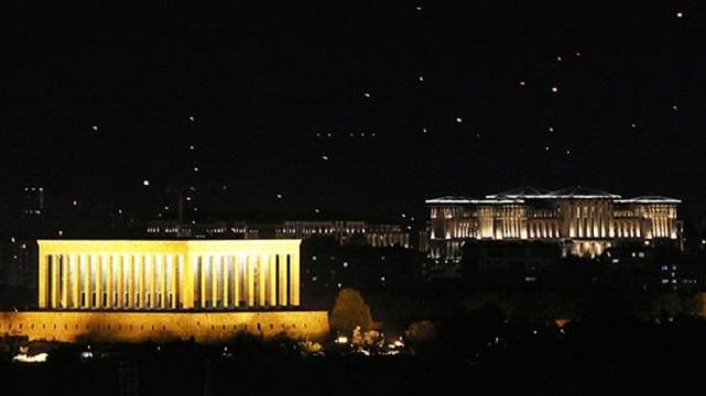 Anıtkabir ve Ak Saray artık aynı karede
