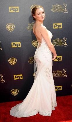 Emmy ödüllerinde şıklık yarışı