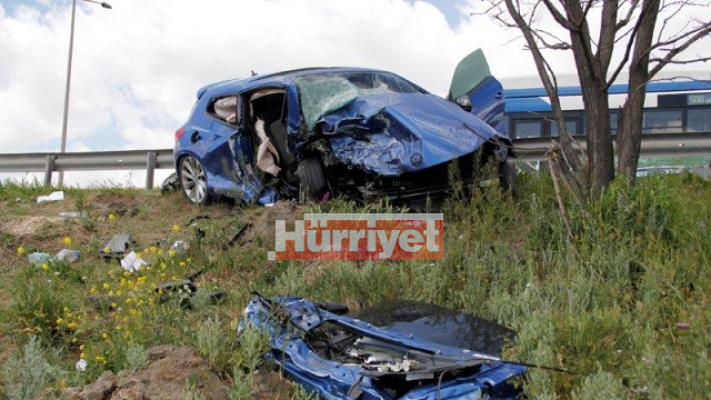 Zafer Çağlayan'ın oğlu kaza yaptı: 2 ölü!