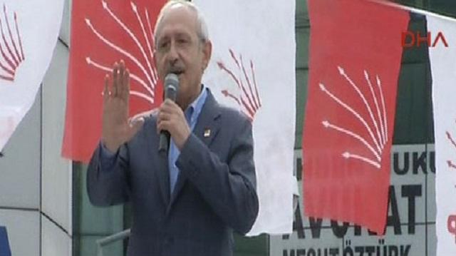 Kılıçdaroğlu Davutoğlu'nun yuhalanmasına izin vermedi