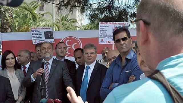 Oktay Vural basın toplantısında vatandaşla tartıştı