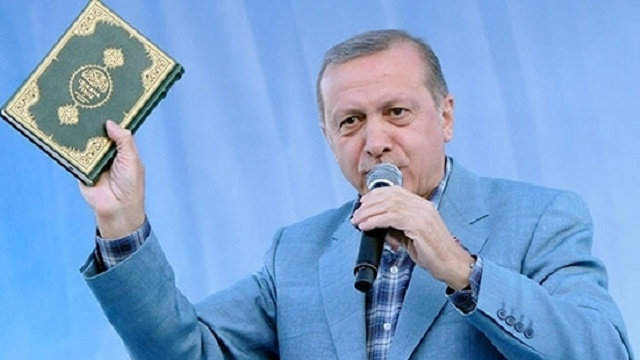 Erdoğan'ın yaptığını Erbakan bile yapmadı