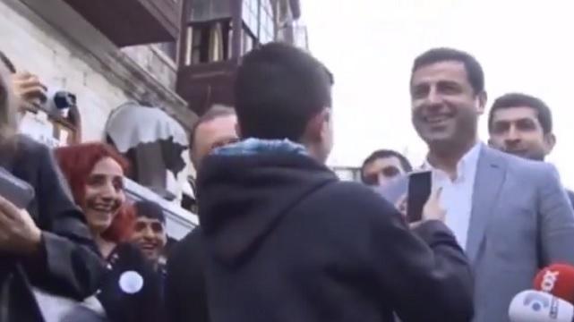 Çocuk hayranından Demirtaş'a: Lan bi dur!