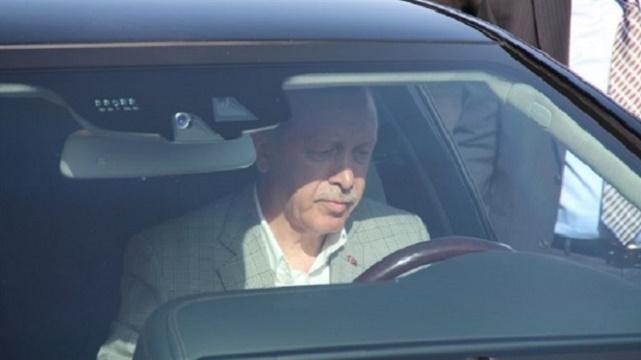 Erdoğan direksiyona geçti, köprüde ilk sürüşü yaptı