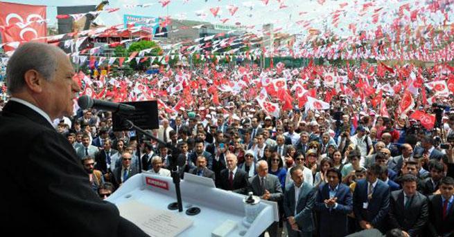 Bahçeli'den Gül ve Erdoğan karşılaştırması