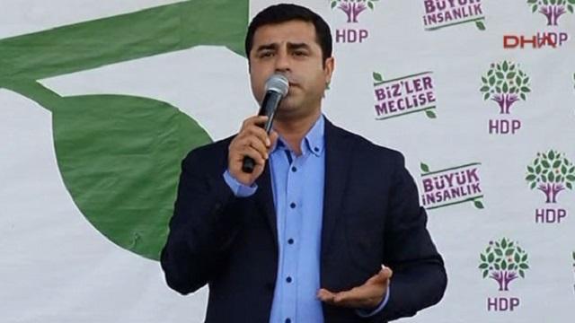 HDP Kazlıçeşme mitingini yapıyor! Kriz çözüldü