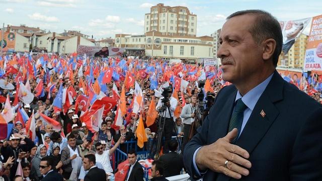 Erdoğan'ı sahaya indiren iki gelişme