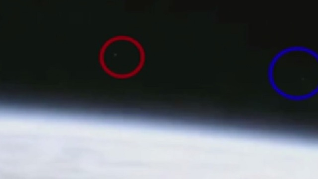 NASA'nın görüntülerindeki nesneler UFO mu?