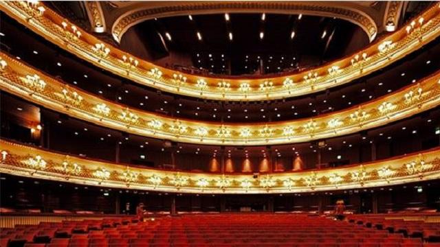 Kraliyet Operası'nda tecavüz sahnesi yuhalandı