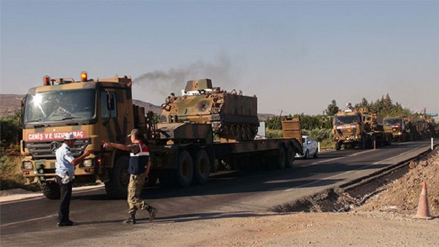 Suriye sınırına büyük askeri sevkiyat