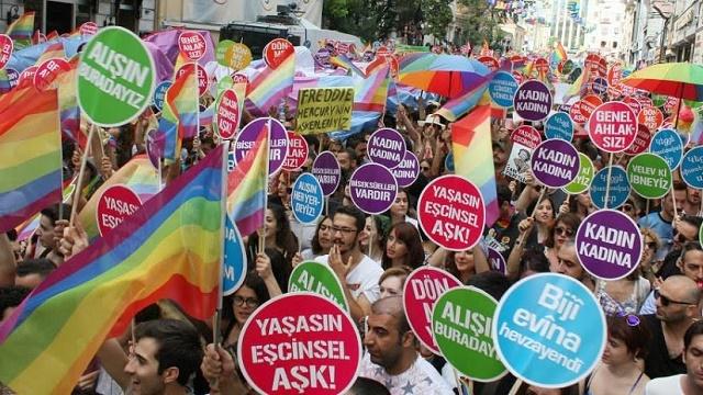 Yeni Şafak: Genelevden vergi alan rejimi Müslüman savunamaz!