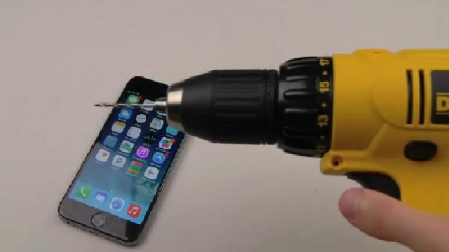 iPhone 6'ya matkap testi