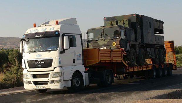 Suriye sınırına top ve füze bataryaları sevk edildi