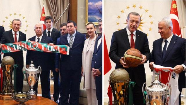 Karşıyaka şampiyonluk kupasını Erdoğan'a götürdü