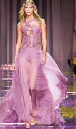 Paris Moda Haftası'na Atelier Versace damgası