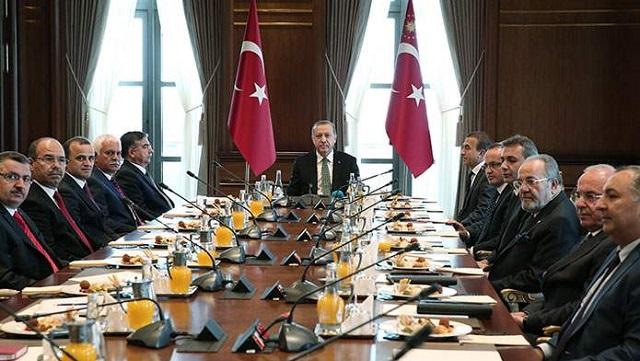 AKP ve MHP tam kadro! CHP ve HDP'liler Saray'a gitmedi