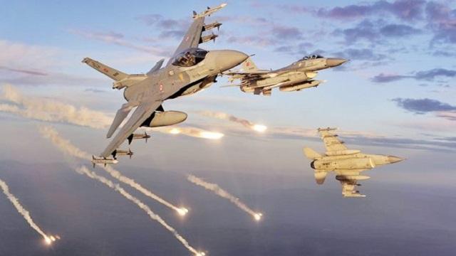 Türk ve ABD savaş uçakları IŞİD'i vurdu!