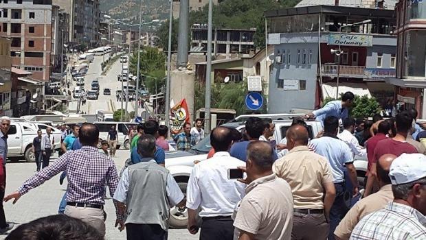 Şemdinli'de silahlı saldırı: Bir astsubay ağır yaralı