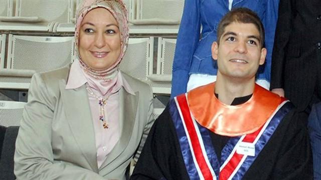 Hayrünnisa Gül'den oğlu için açıklama: Boğazına çökerim!