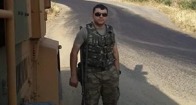 Şehit asker babasıyla telefonda konuşurken vurulmuş