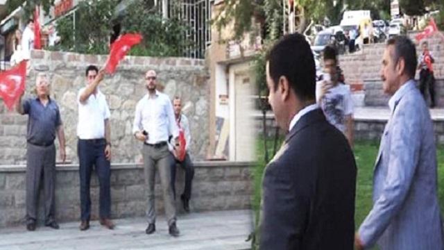 Demirtaş'a Türk bayraklı protesto: Taksim'e gidin Taksim'e