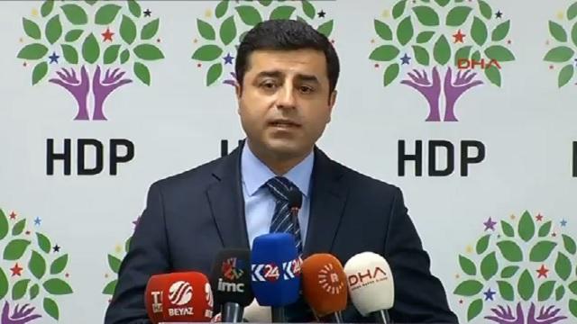Demirtaş: Gelin AKP'ye birlikte dur diyelim