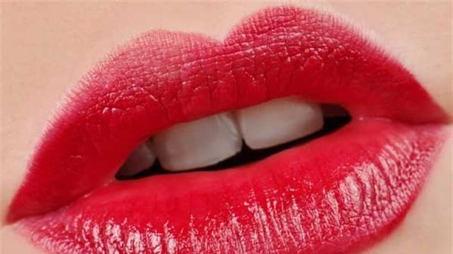 Dolgun dudaklara sahip olmanın 8 yolu