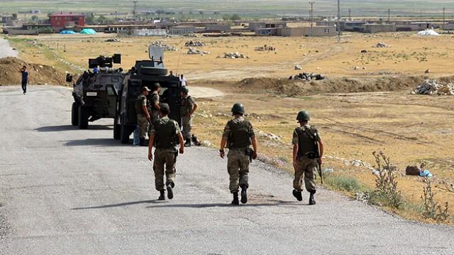 Kilis sınırında IŞİD askerlere ateş açtı:1 şehit