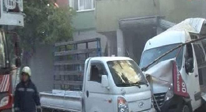 Gaziosmanpaşa Küçükköy'de patlama! 11 yaralı