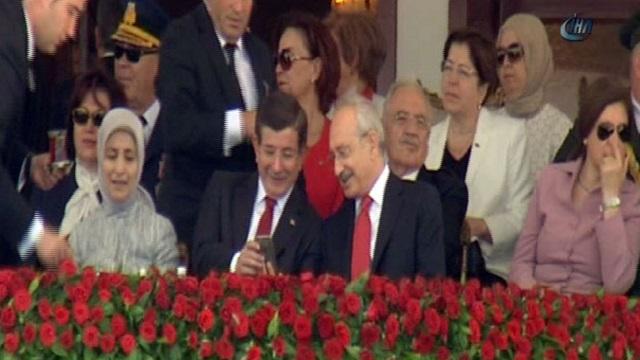 Davutoğlu ve Kılıçdaroğlu'nun merak uyandıran sohbeti