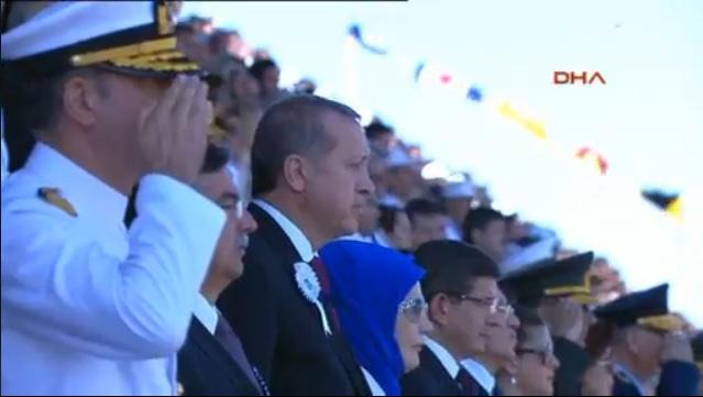 Erdoğan ile Davutoğlu, Deniz Harp Okulu mezuniyetinde