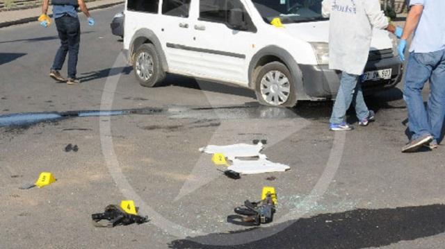 Batman'da PKK polis aracını taradı.. 1 polis şehit!