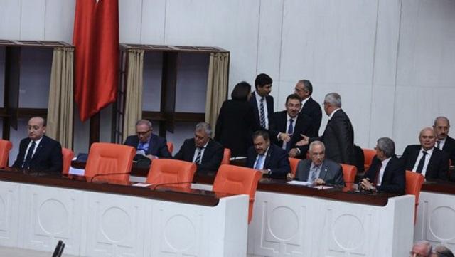Sınır ötesi tezkeresi Meclis'te kabul edildi