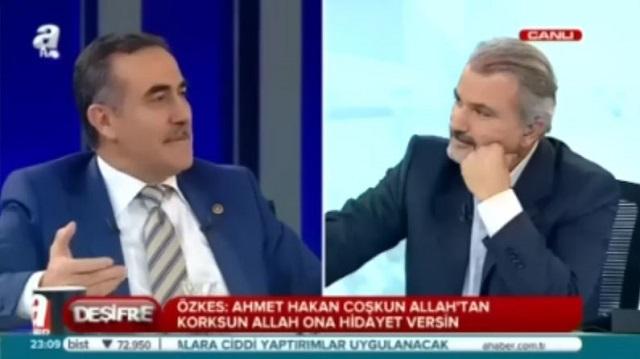 Özkes: CHP'nin akıl hocası Ahmet Hakan'dır!